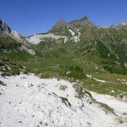 Dal Passo Vanit verso l'Alpe Campolungo
