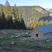 Alp de Palazi 1572 m, stabile messo a nuovo ...