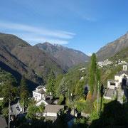 Auressio, Loco e la Valle Onsernone