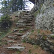 Scalinata prima dell'Alpe di Peurett