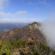 .... la nebbia è sempre presente .....