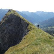 Sulla cresta del Sasso Bianco
