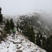 Sul sentiero per l'Alp de Martum, sotto il Piz de Molinera