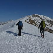 Proseguiamo con i ramponi sulla cresta verso il Monte Gradiccioli