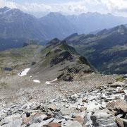 La cresta che arriva fino al Pass di Passit