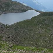 Lago di Carì durante la salita ........