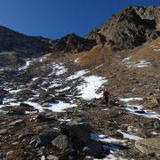 A 2450 m abbandoniamo l'impresa Pizzo del Sole, terreno troppo gelato ........