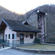 Stazione di partenza della Funivia per Monteviasco (Valle Veddasca) (It) 549 m