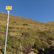 Ciapelon 1515 m, proseguo direttamenta verso il Passo di Pozzaiolo