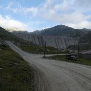 Diga del Lago di Lucendro 2078 m