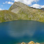 Lago dello Stabbio 2351 m e Pizzo Taneda