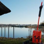 """Segelhafen Haddeby, Barkasse """"Hein"""" und im Hindergrund """"Die Freiheit""""."""
