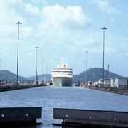 MV c. Columbus, Panama Channel