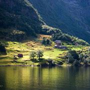Lichtimpressionen am Nærøyfjord