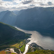 Lichtstimmung über dem Aurlandsfjord