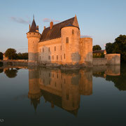 Das Schloss von Sully-sur-Loire im Abendlicht