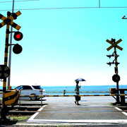 レトロな江の電で湘南の町を満喫しませんか?