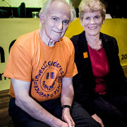 Harold Walter Kroto and his wife. Nobel Prize in Chemistry in 1996.
