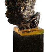 OHNE TITEL   2013  Skulptur Mixed-Media, 68 cm  Gesamthöhe mit Sockel 158 cm  Unikat