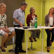 Susanne Leutenegger Oberholzer und Maya Graf, Nationalrätinnen, sowie Claude Janiak Ständerat