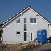 Neues Haus mit Gästetoilette...