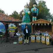 27-09-2014 Oktoberfest Lions Club bij Restaurant De Kroon in Hellendoorn