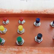 Weichen- (schwarz - blau) und Signaltaster