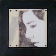 melancholie II, Collage mit Fotografie unter Wachs, 30 x 30 cm (plus Rahmen)