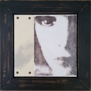 melancholie I, Collage mit Fotografie unter Wachs, 30 x 30 cm (plus Rahmen)