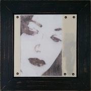 melancholie III, Collage mit Fotografie unter Wachs, 30 x 30 cm (plus Rahmen)