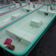 マリーナフレンズレンタルボート 足漕ぎ船