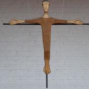 Croix au-dessus de l'autel