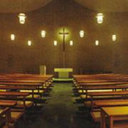 静かな祈りの場である聖堂。イエス様が迎えてくださるのを感じます。