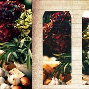 グラーツ「花を売る屋台」青空市場の屋台。紫陽花の色味に心奪われた6月。濃い深い紅。それから小さな蝶が隠れているようなブルー。