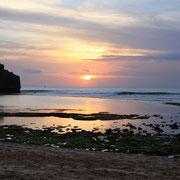 SURFARI EN BALI Y SINGAPOUR