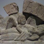 Aus dem Mund des Verstorbenen entweicht seine Seele, Sandsteinlünette 12. Jh., Kloster zu Allerheiligen Schaffhausen