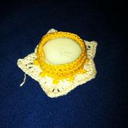 Rechaud-Edelweiss, Baumwollgarn ecru und gelb