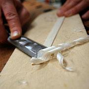 Bearbeiten einer Laufleiste mit dem Stecheisen
