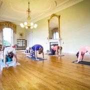 Yogastunde in Irland