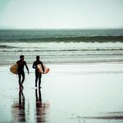 Surfer am Start