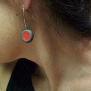 pendant d'oreille céramique raku rouge