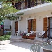 Villa Xenos - Studios & Apartments , Kalamaki , Zakynthos Island , Greece.5