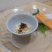 炒った糠利用:マヨネーズと混ぜて、野菜スティックと一緒に。