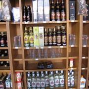 Rum - ein großer Exportartikel. Er ist billig und wird reichlich konsumiert.