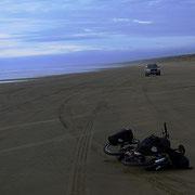 Nordinsel - der Ninety Mile Beach, der neunzig Kilometer lang ist