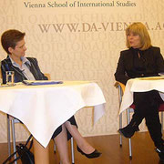 Margareta Stubenrauch interviewt Karin Resetarits
