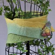 gefilzter Cacheur, pflanzengefärbt