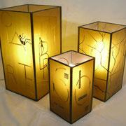 lampe jaune or
