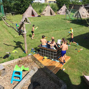 Wasserschlacht im sports-outdoorguide.de Feriencamp