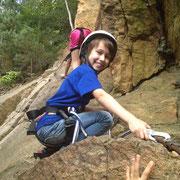 Klettern macht Spaß im Kinder Feriencamp